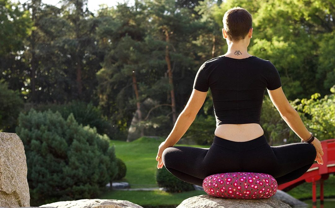 Quel coussin utiliser pour la méditation assise ?