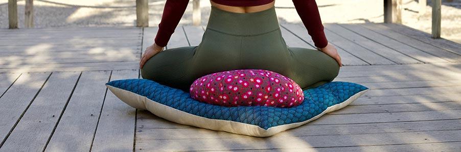 Zabuton, tapis de méditation | pourquoi l'utiliser ?