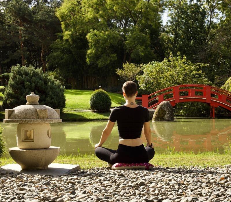 Isolement, piège de la méditation